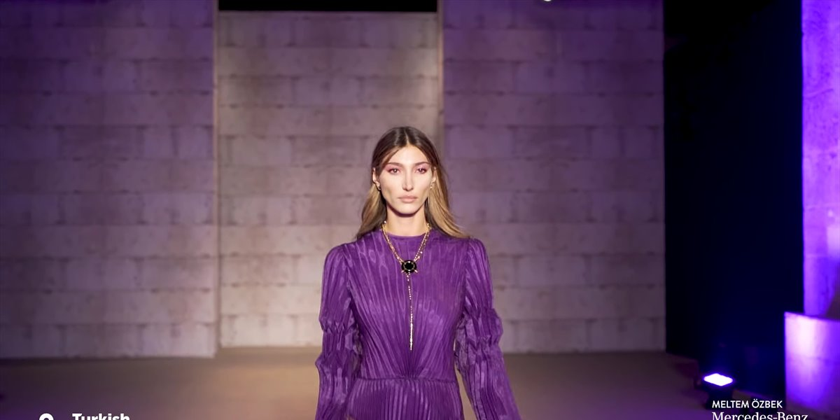 Mercedes-Benz Fashion Week Istanbul // Meltem Özbek Runway